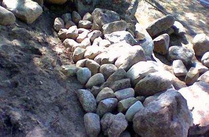 Lyhyt kivimuuri rakentaminen 05