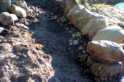 Lyhyt kivimuuri rakentaminen 08